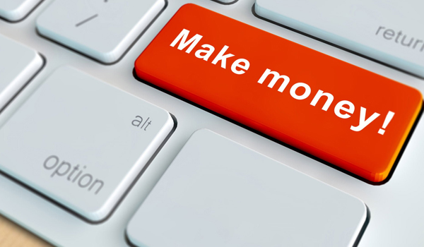 How Can Real Estate Professionals Make Money Online?