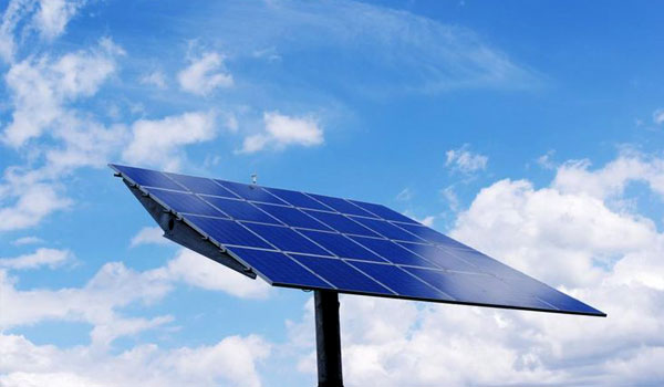 Want to Reduce Electricity Bills? Go Solar This Summer